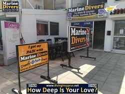 Marine Divers