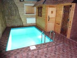 Lukomorye Cottage