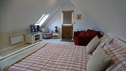 Lacewing studio apartment