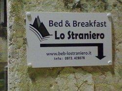 B&B Lo Straniero