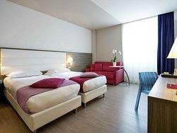 โรงแรมออลซีซั่นส์เวเนเซีย มาร์เกร่า
