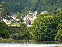Teifi Netpool Inn B&B