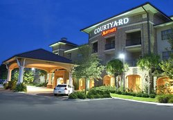 Courtyard Charleston Mt. Pleasant