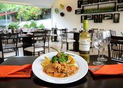 Solomillo Grill & Lounge