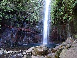 25 Fontes and Cascada da Risco