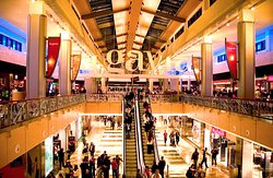 Centro Comercial La Gavia opening hours 10 am to 10 pm