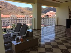 Large private terrace - room 5101
