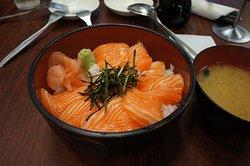 生魚片井飯