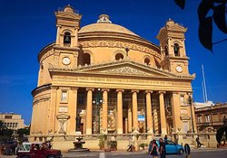 ロタンダ(聖マリア教会)