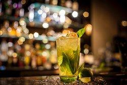 Oak Alley Cocktail Bar