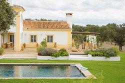 Herdade da Chamine - Luxury Rural Farm House Alentejo