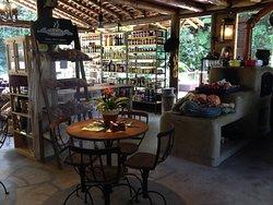 O Armazem Cafe & Bistro