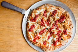Glass Nickel Pizza Co. - Brookfield