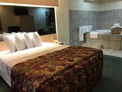 Jacuzzi Room amenities