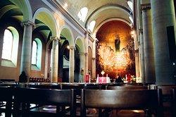 La Basilique Notre-Dame du Valentin