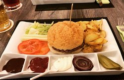 Leo's Hamburgeria