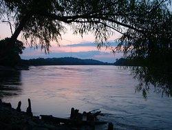 Missouri River Rafting, Outfitting, Canoe & Kayak