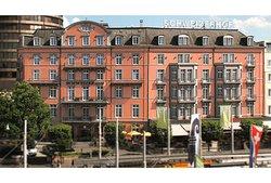 巴塞尔施维瑟酒店