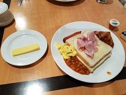 沒期望的好,早餐不錯