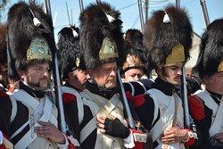 Grenadiers de la Garde lors d'une reconstitution qui a lieu en juin chaque année