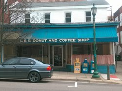 L and B Donut Shop