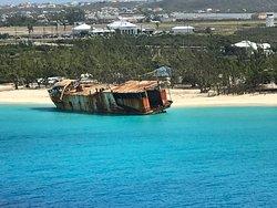 Ship wreck at Governor's Beach