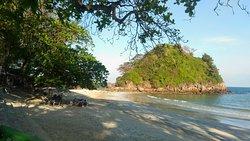 Bo Tong Lang Beach