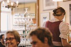 Les serveuses du Café du Gothard