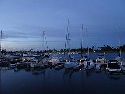 Glorietta Bay Promenade