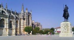 O Mosteiro da Batalha Batalha, é o maior monumento gótico Português