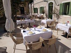 Olive Tree Restoran