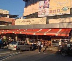 Nanys Bakery