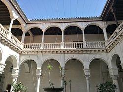 Palacio Manara