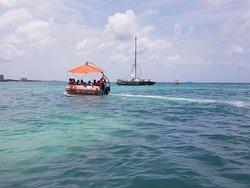 Aqua Donut Private Boat Relax Enjoy Caribbean Aruba 2018 Blue Sea Octopus Aruba