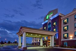 Holiday Inn Express and Suites Medicine Hat