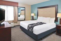 La Quinta Inn & Suites Locust Grove