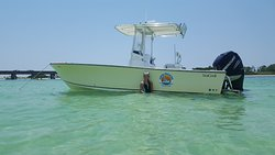 picture of boat at crab island