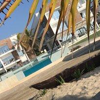 LOA Hotel