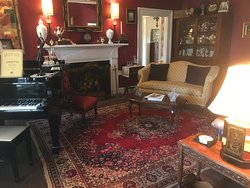 Sitting room in main/plantation house.