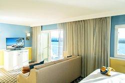 The Portofino Hotel & Marina, A Noble House Hotel