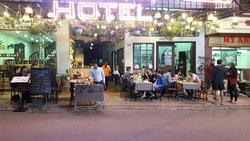 Le Pont restaurant