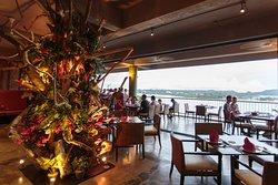 Elilai Restaurant and Bar