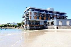 Hoedjiesbaai Hotel