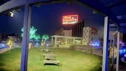 Blue Sapphire Motel & Resort