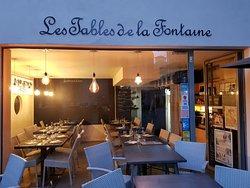Les Tables De La Fontaine