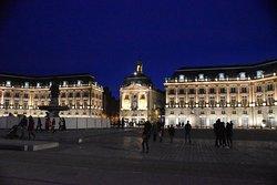 Royal Square at night