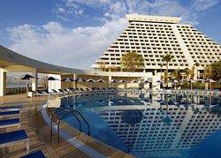 Sheraton Grand Doha Resort & Convention Hotel