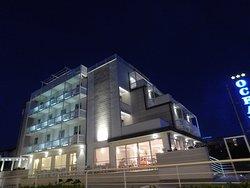 Hotel Oceano di notte