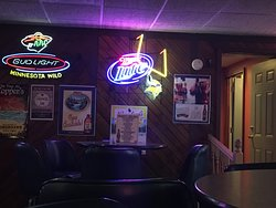 Topper's Bar and Grill