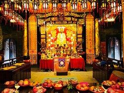 Renwei Temple